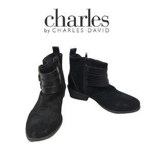 Charles David Black Ankle Boots. Sz 6